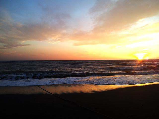 Talamone: le spiagge, la storia e la natura